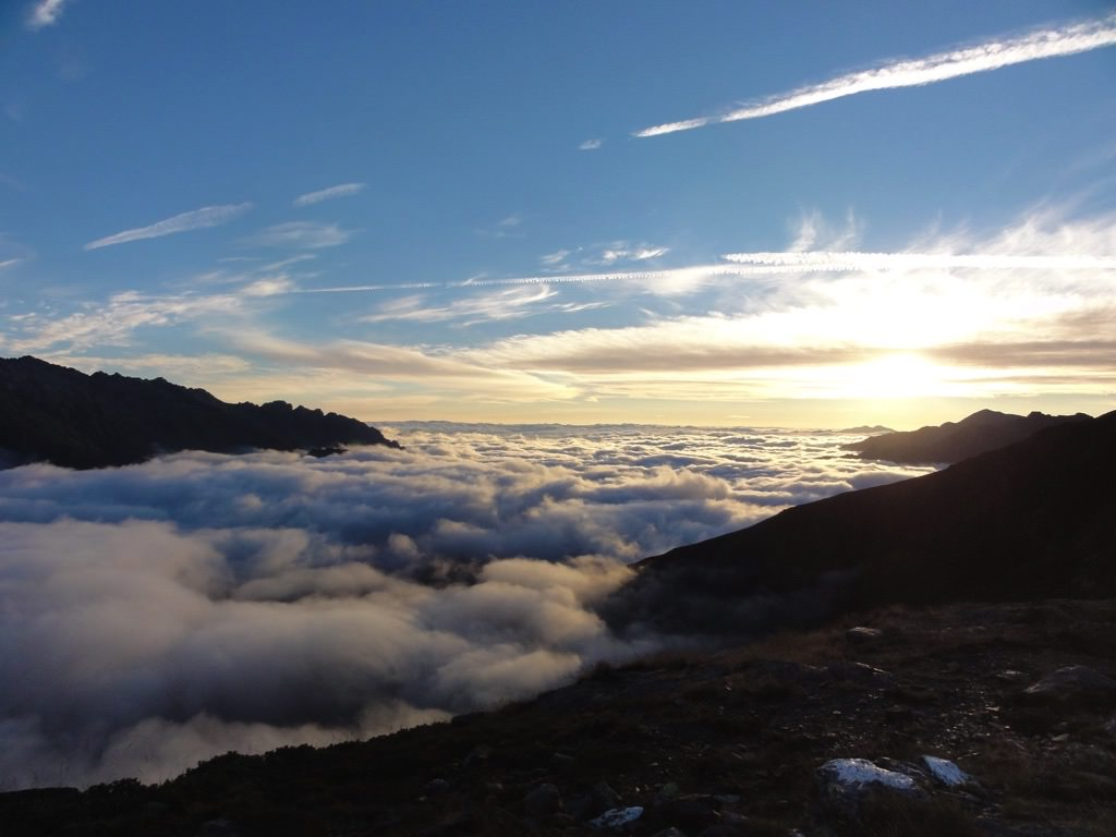 Sea of clouds from the Pinet hut - Pica d'estats
